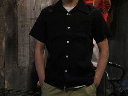 パナマシャツ