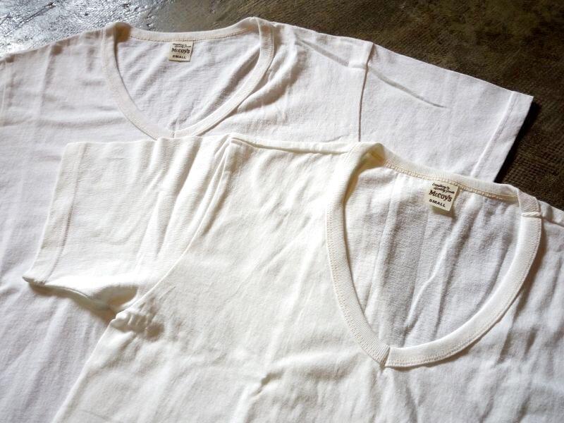 VネックパックTシャツ