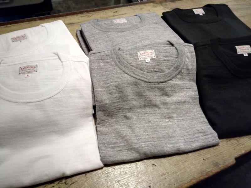 定番無地Tシャツ